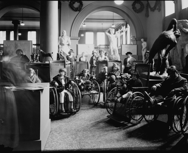A group of students with disabilities visiting the Museum's Cast Collection galleries, Wing B, Gallery 40. Photographed November 23, 1922 © The Metropolitan Museum of Art